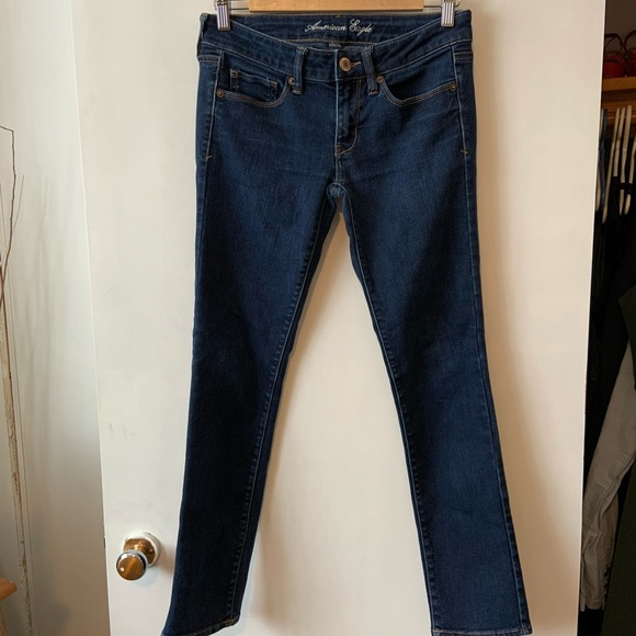 American Eagle stretch jeans size 6 short
